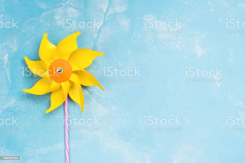 Colorful paper windmill toys foto de stock royalty-free