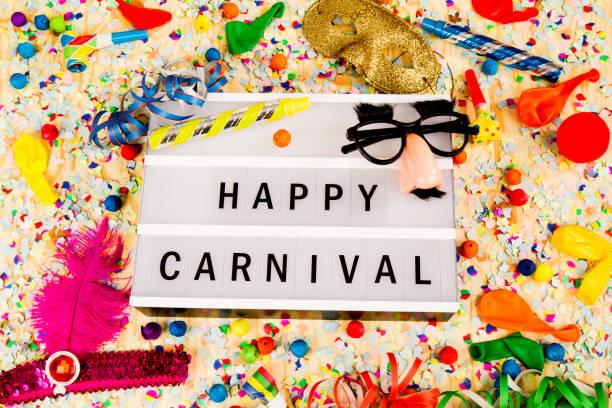 bunte party dekoration - karnevalskostüme köln stock-fotos und bilder