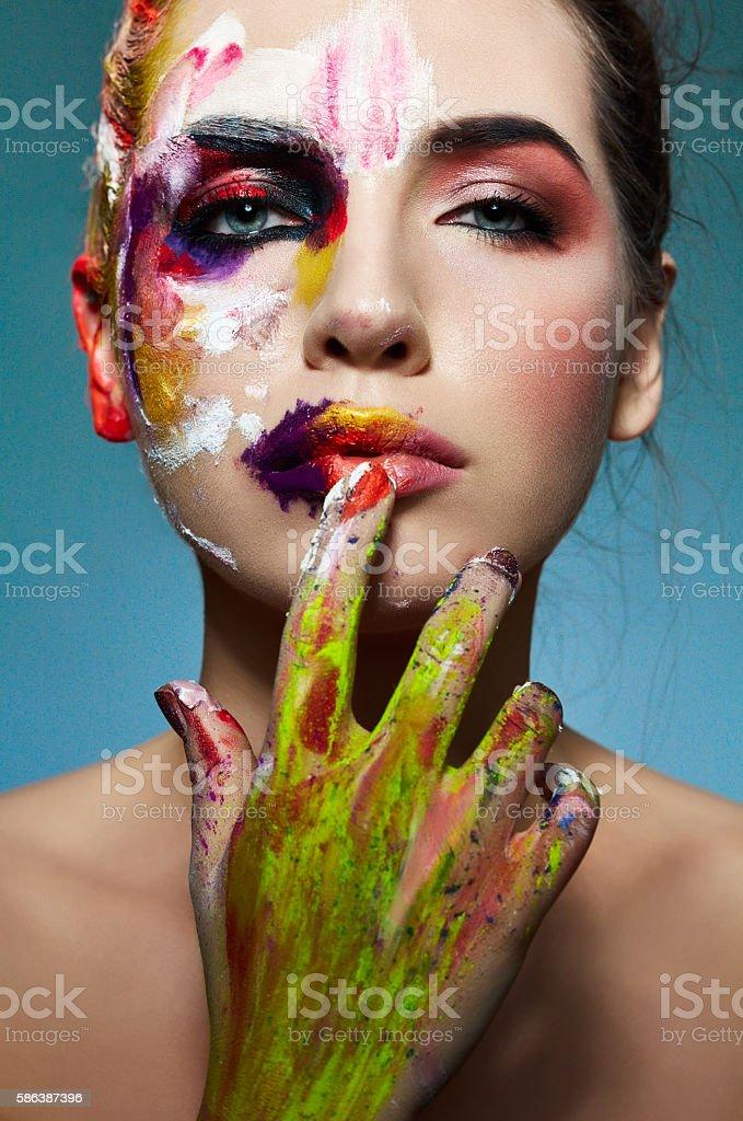 Foto De Colorful Portrait Of Neon Painting Over Fashion Model Face E Mais Fotos De Stock De Adulto Istock