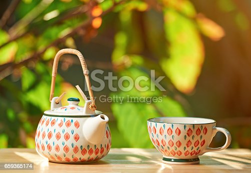 istock Colorful set for hot drink 659365174