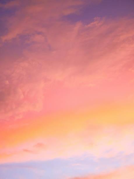 färgglada skyarna i kväll - pink sunrise bildbanksfoton och bilder