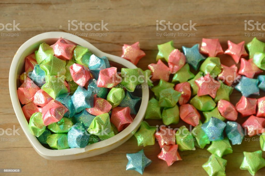 colorful star paper in heart box foto de stock royalty-free