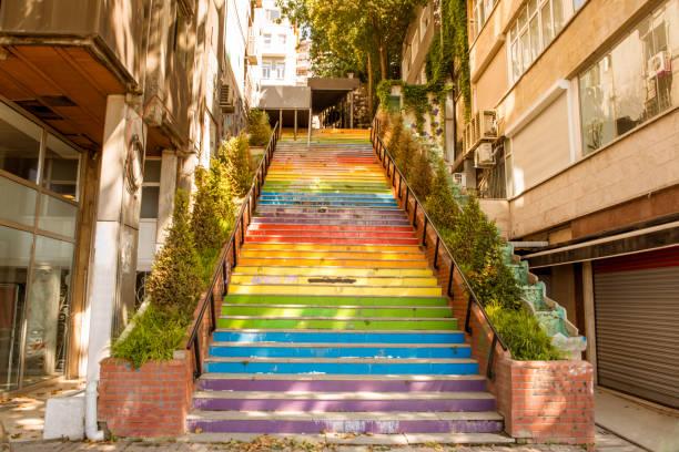 colorful steps at karakoy istanbul turkey - каракёй стамбул стоковые фото и изображения