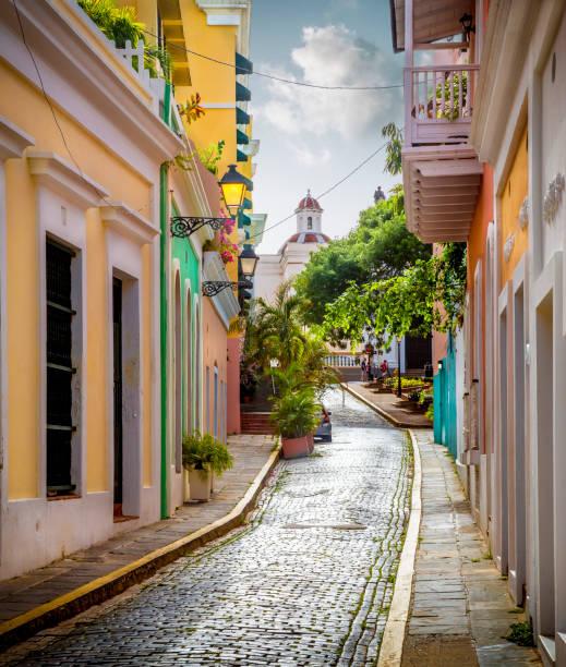 Bunte Straße in der Altstadt von San Juan, Puerto Rico – Foto