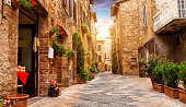 istock Colorful street in Pienza, Tuscany, Italy 531622612