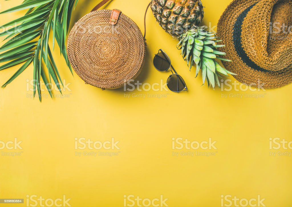 Colorful summer female fashion outfit over yellow background - Royalty-free Bag Stock Photo