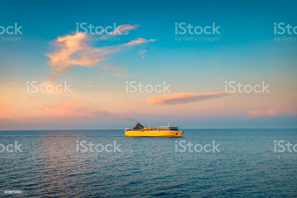 Bunte Sommer Seelandschaft Des Ionischen Meeres Mit Einer