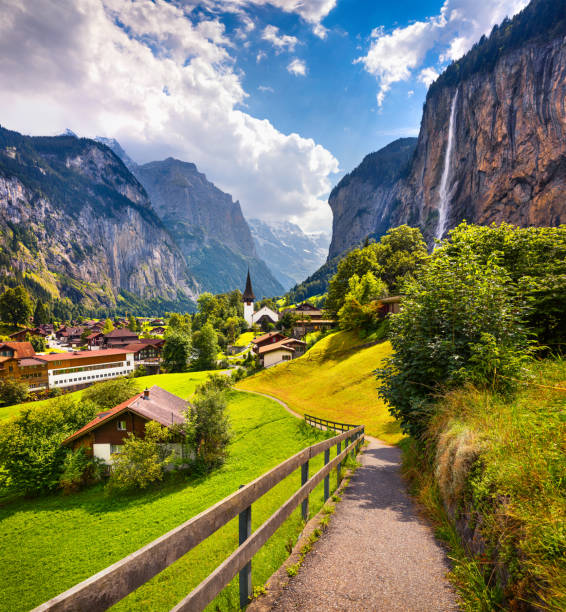 Colorful summer view of Lauterbrunnen village. – Foto