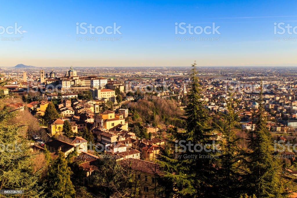 colorful sunset in Bergamo 免版稅 stock photo