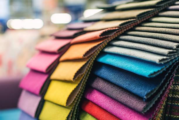 farbenfrohe polsterbezüge-muster - textilien stock-fotos und bilder