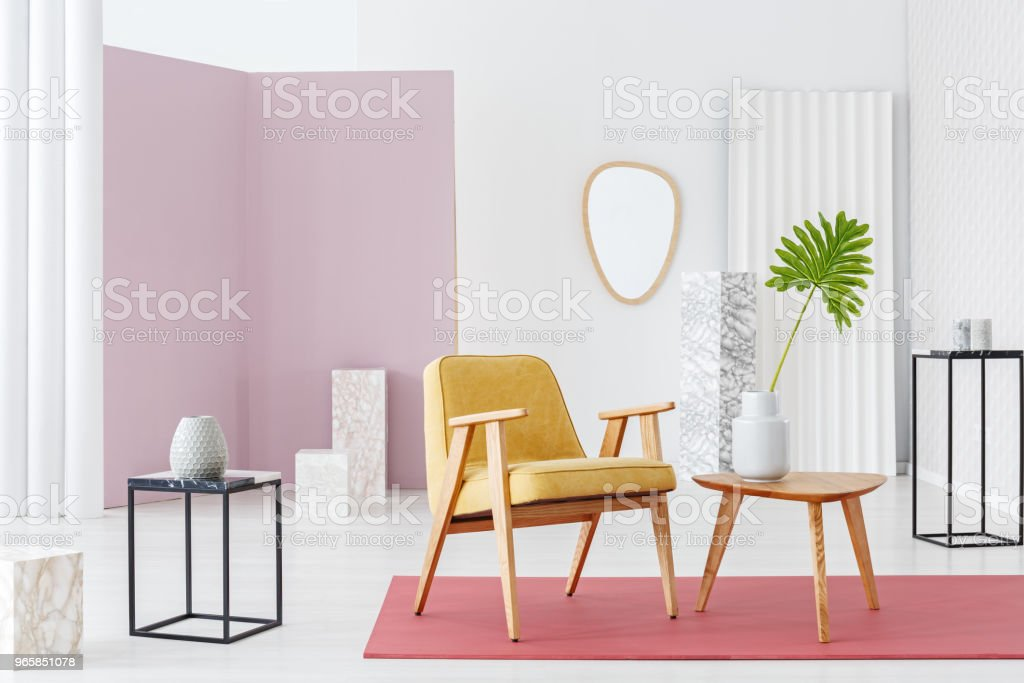 Kleurrijke vintage woonkamer - Royalty-free Appartement Stockfoto