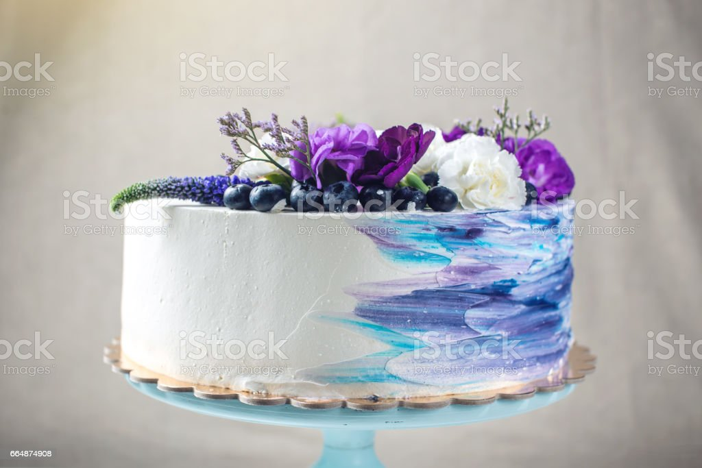 Admirable Colorful Wedding Cake With Lovely Purple Flowers And Blueberries Funny Birthday Cards Online Elaedamsfinfo