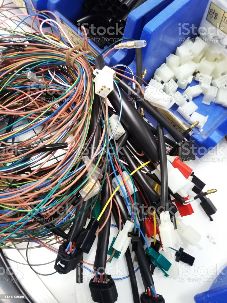 Colorful Wire Harness And Plastic Connectors For Vehicles Automotive on