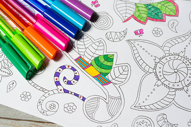 Coloring book for adults with abstract patterns and colored pens – Foto