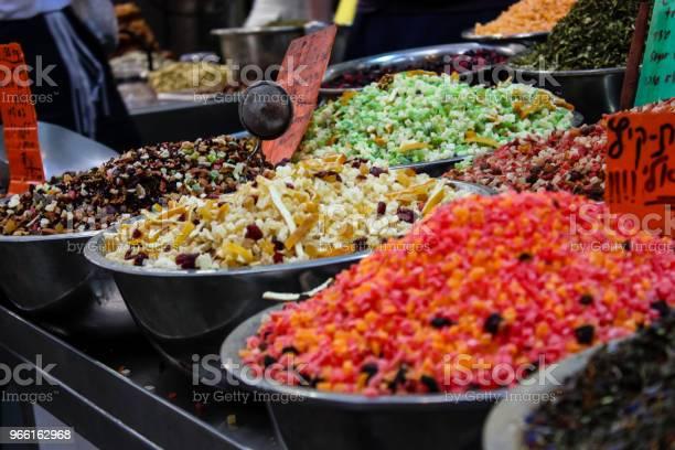 Colors Of Israel — стоковые фотографии и другие картинки Базар