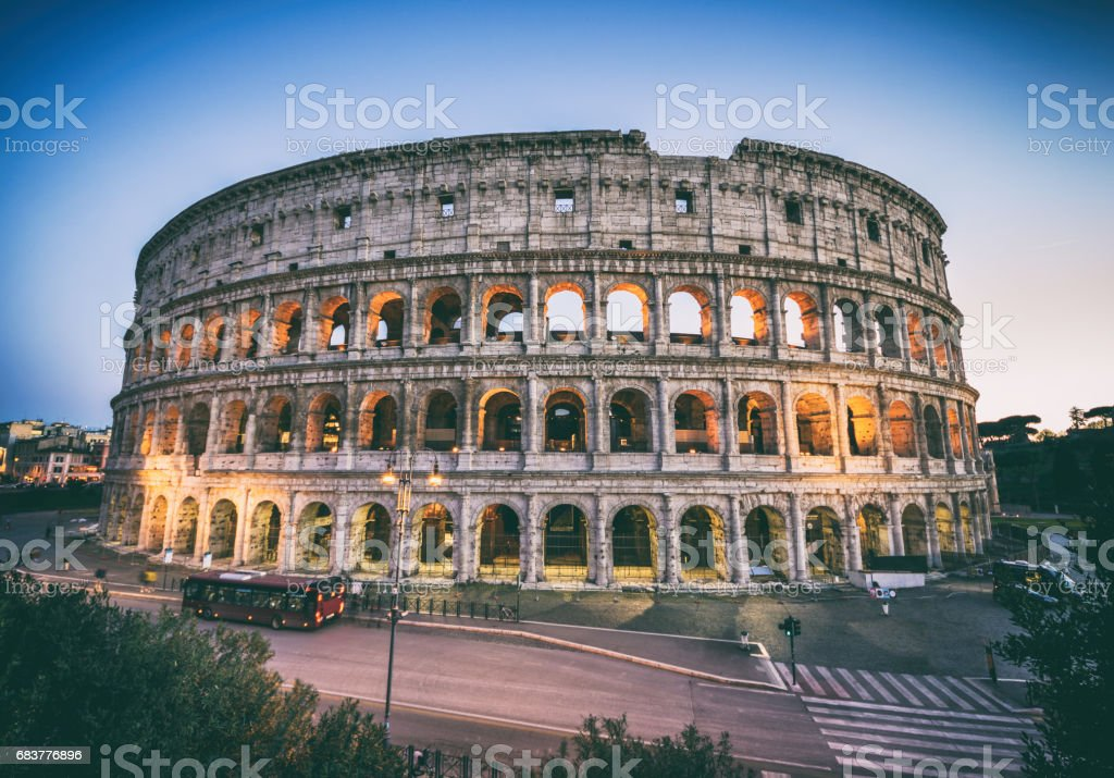 Colosseo roma coliseum colosseum rome exterior sunset - foto stock