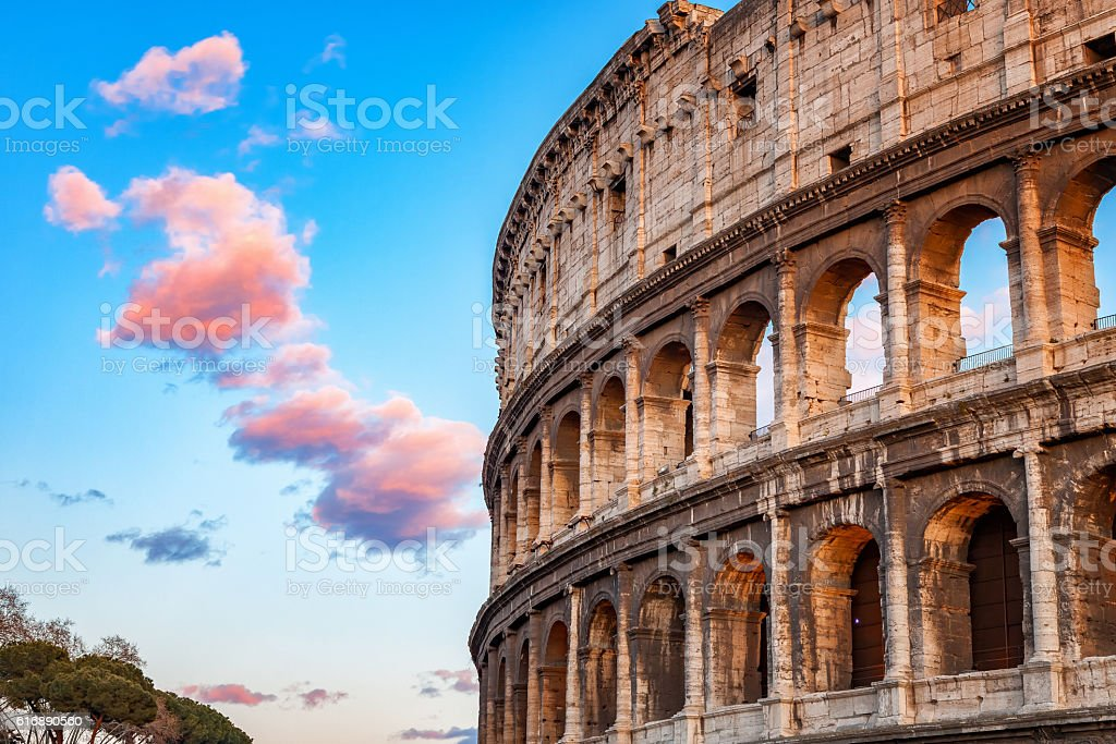 Kolosseum bei Sonnenuntergang  – Foto