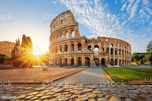 Colosseum in rome and morning sun italy picture id539115110?b=1&k=6&m=539115110&s=612x612&h=ct3 st1zhj v9mifzptsxlimkid78u sjobpr6ml5za=