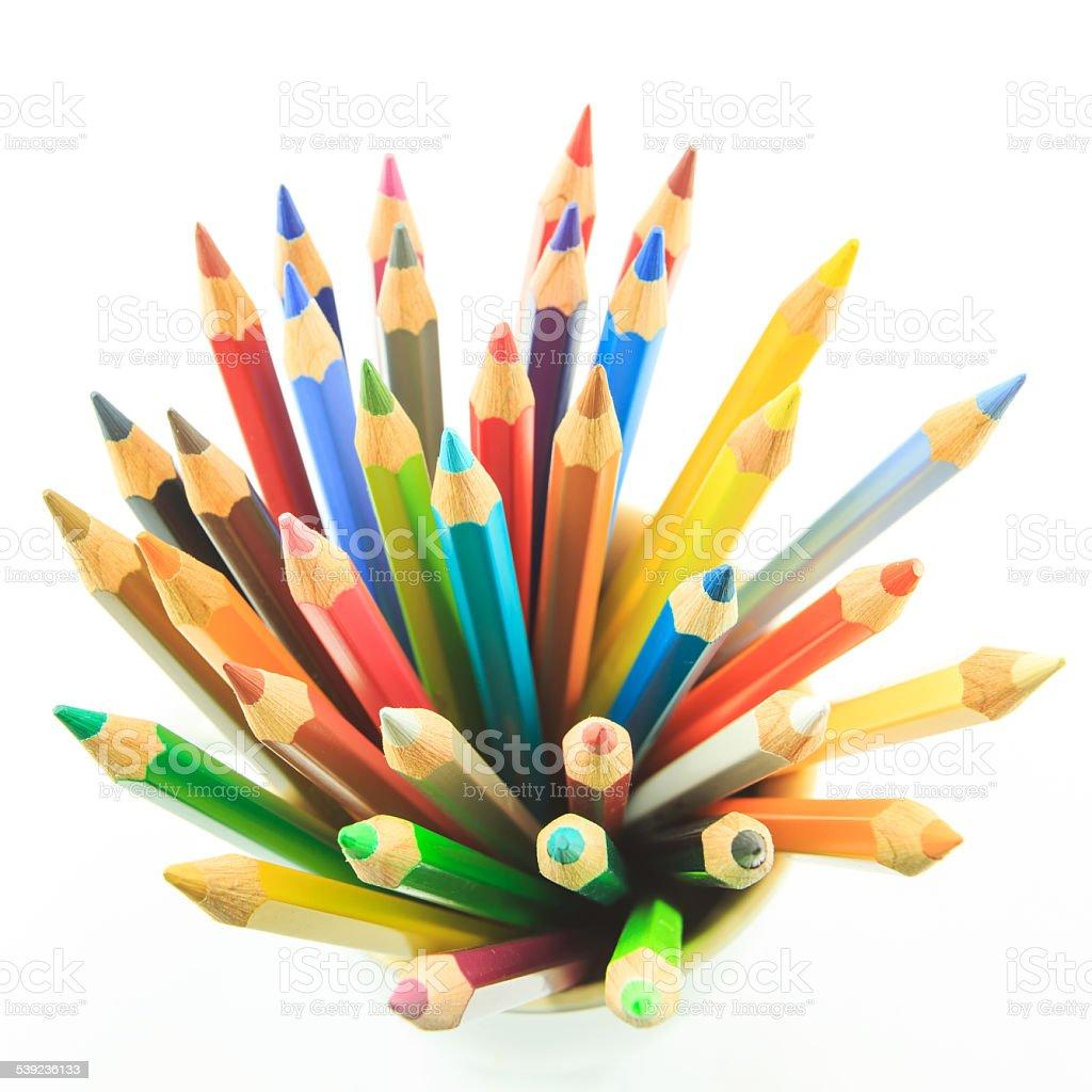 Lápices de color aislado sobre fondo blanco primer plano foto de stock libre de derechos