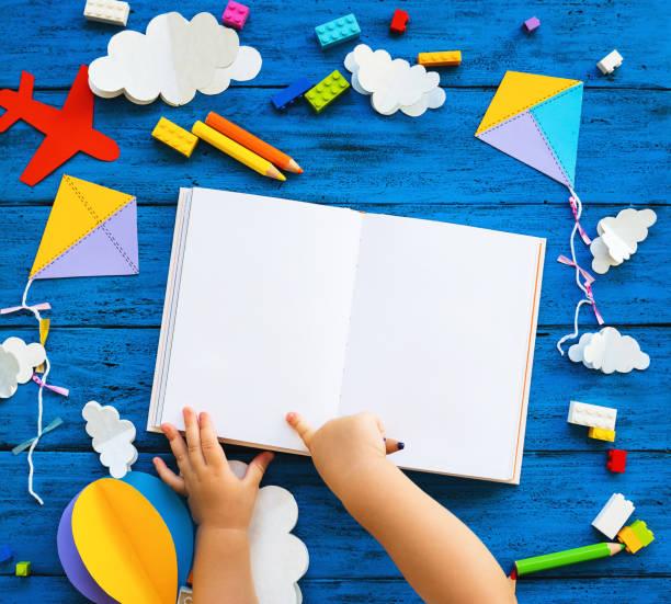 Bunte kreative Kinderhintergrund – Foto