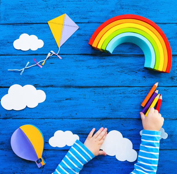 El colorido fondo creativo de los niños - foto de stock