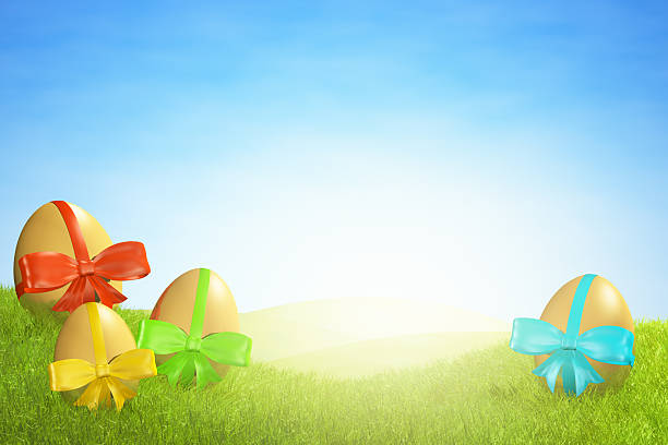 ovos de páscoa coloridos com fitas na relva, luz forte - gradients golden ribbons imagens e fotografias de stock