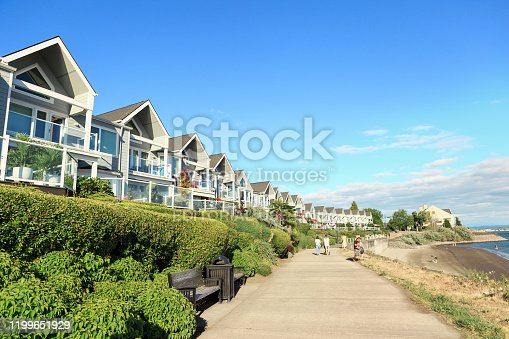 istock Columbia River Renaissance Trail in Vancouver USA 1199651929