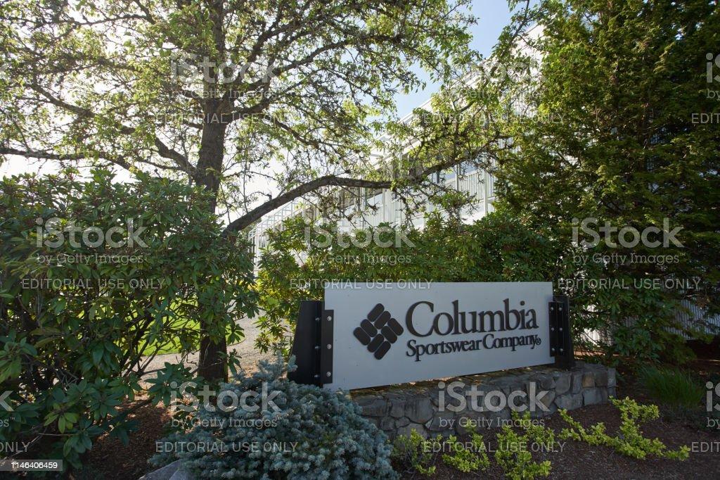 b9617fbe1d6 Columbia Sportswear Company Headquarters Stock Photo - Download ...