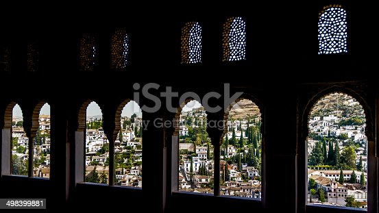 121178604istockphoto Columns with arabesques in Moorish palace of Alhambra 498399881