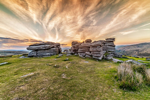 combestone tor sunset - outcrop stock pictures, royalty-free photos & images