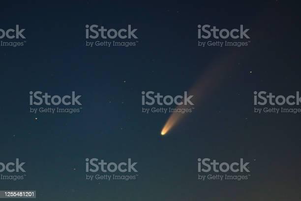 Photo of Comet Neowise in the dark night sky