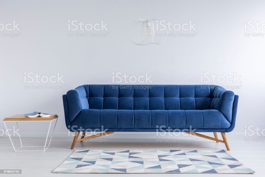 Comfortable blue couch – zdjęcie