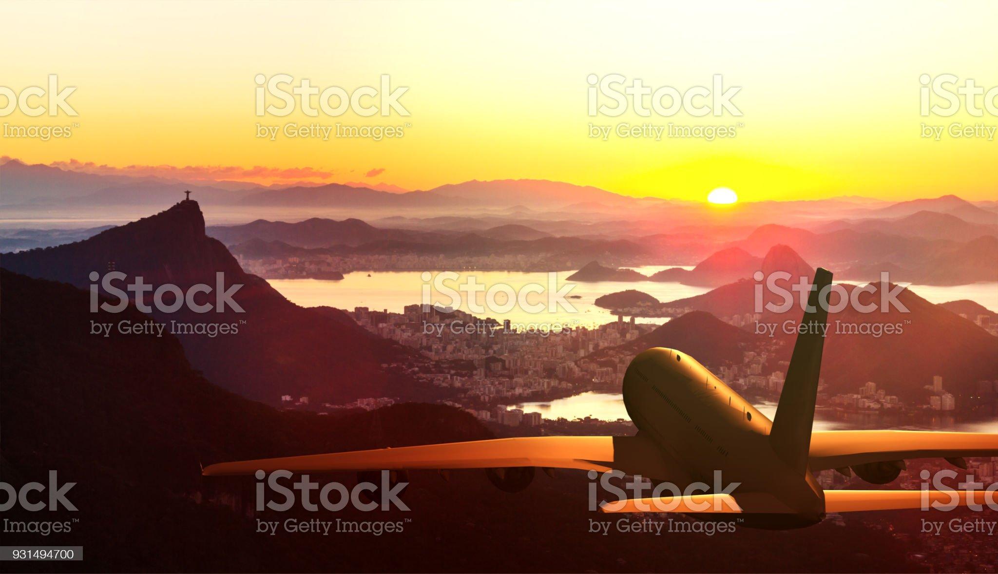 Aviões comerciais, sobrevoando o Rio de Janeiro - Foto de stock de Turismo Urbano royalty-free