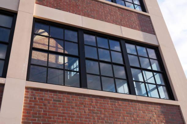 Kommerzielle Loft-Gebäude im Freien – Foto