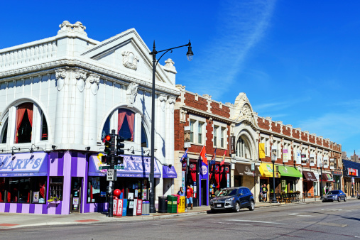 Commercial Street In Andersonville Chicago Stock Photo - Download Image Now