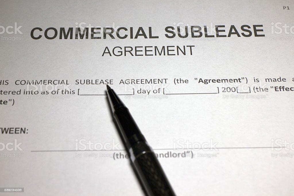 Acordo comercial sublocar o formulário em Closeup foto royalty-free
