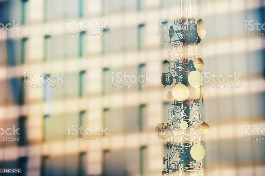 Kommunikation Turm, Spiegeln aus Glas-Gebäude – Foto