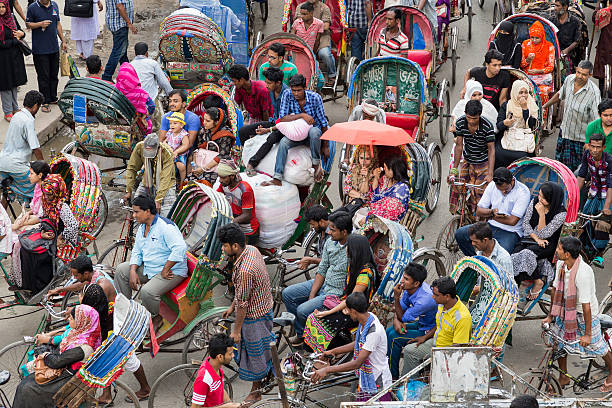 Commuting by colourful cycle rickshaw in Dhaka, Bangladesh – Foto