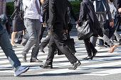 日本の通勤風景 (ビジネスマン)