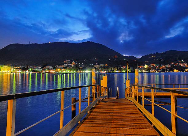 como lake, lombardy, italy - lecco lombardije stockfoto's en -beelden