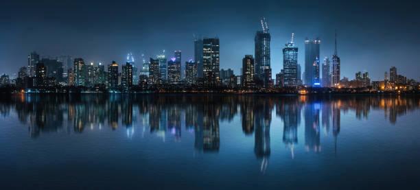 compact megacity - mumbai stockfoto's en -beelden