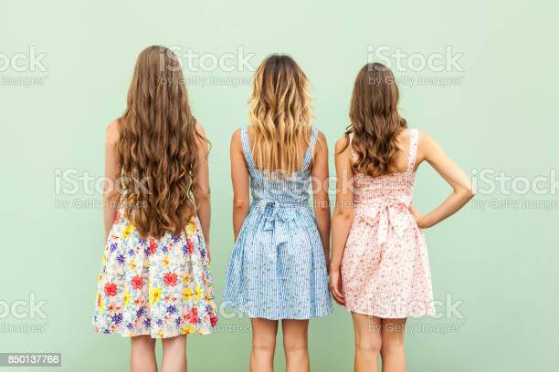 Comparison hairstyle with three woman picture id850137766?b=1&k=6&m=850137766&s=612x612&h=jvfobwupnxage2o k5bffr9 qnpszqdpz6rgloryid0=