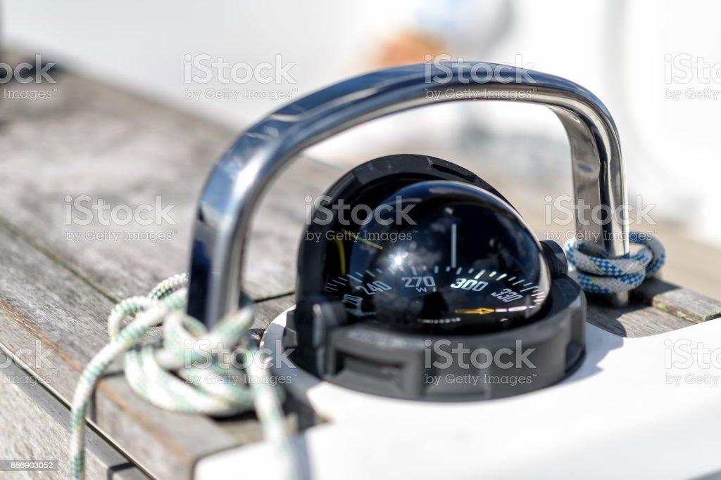 Kompass auf einer Segelyacht - Lizenzfrei Cockpit Stock-Foto