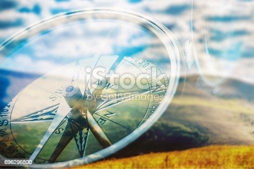 istock Compass. 696296800