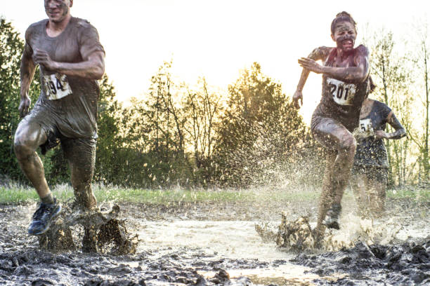 competitie - obstacle run stockfoto's en -beelden