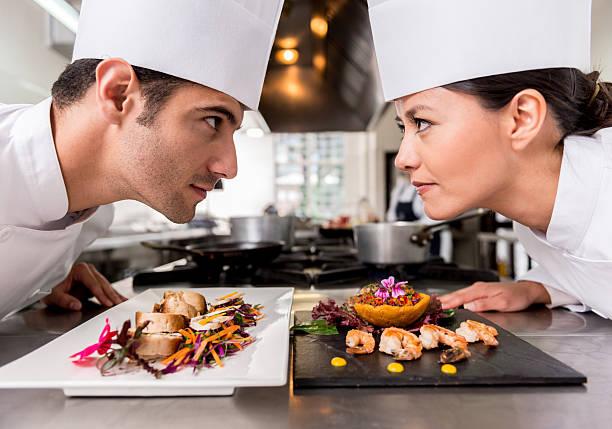 7 maneras efectivas de vencer la competición de restaurante sin bajar tus ganancias