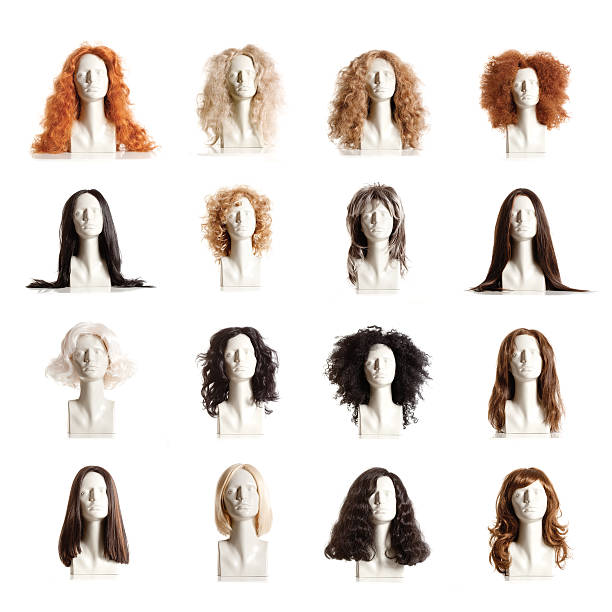 composite of mannequin female heads with wigs - 가발 뉴스 사진 이미지