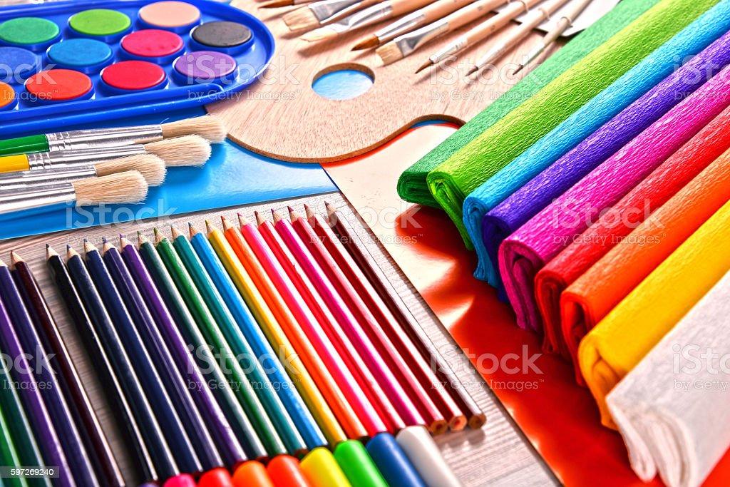 Komposition mit Schule Zubehör zum Malen und Zeichnen  Lizenzfreies stock-foto