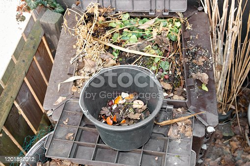 Fresh composting