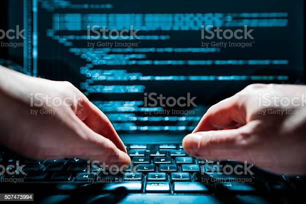 Computerkriminalität Konzept Stockfoto und mehr Bilder von Anonymous - Aktivistengruppe